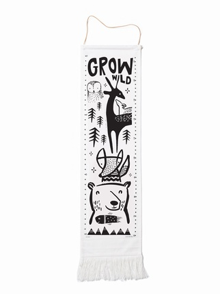 Canvas Growth Chart – Woodland Kids > On the wall