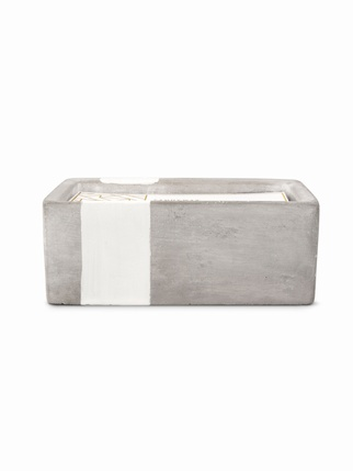 Urban Concrete 80z candle - Tobacco & Patchouli Living > Candles + Candle holders